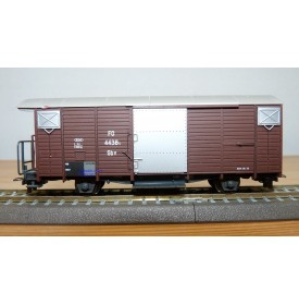 BEMO 2250 208, wagon couvert  N° Gbv 4438s FO  BO