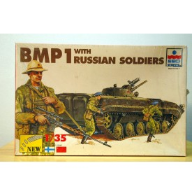 ESCI 5036, BMP 1 with russian soldiers 1/35 Neuf BO