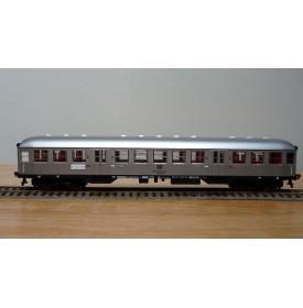 "FLEISCHMANN 5122, voiture banlieue  ""Silberling"" type Brnzb 725  2  Kl. DB BO"
