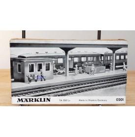 Märklin métal 404 Ga / 0201, coffret de 10 personnages voyageurs et personnel de quai Neuf BO