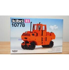 KIBRI 10778, rouleau compresseur sur pneus HAMM Neuf   HO BO 1/87