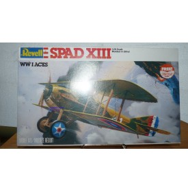 REVELL 4418, chasseur biplan SPAD XIII   Neuf  BO 1/ 28