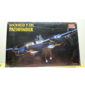 ACADEMY 2151, LOCKHEED P-38 L  Pathfinder  Neuf  BO 1/48