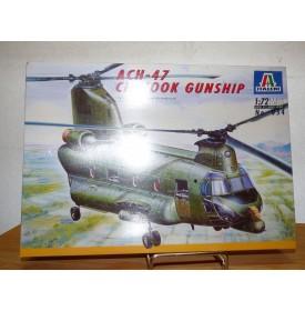 ITALERI 054, Hélicoptère ACH-47 Chinook gunship Neuf  BO 1/72