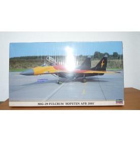 """HASEGAWA 00321 MIG 29 Fulcrum Luftwaffe """"Hopsten AFB 2001"""" Neuf BO 1/72"""
