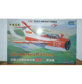 TRUMPETER 02203 avion d'entrainement chinois FT-5 Neuf BO 1/32