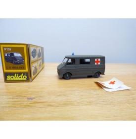 Solido 259, ambulance militaire Citroën C 35    Neuf   BO