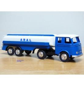 Märklin 18032, camion citerne semi remorque ARAL  neuf  BO