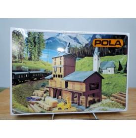 POLA echt 241, scierie avec réserve de planches  neuf    BO  échelle  N