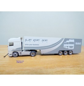 HERPA  149297,  camion et semi remorque DAF  95 XF SSC Neuf BO  1/87