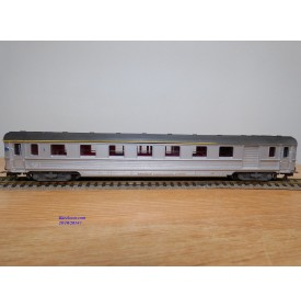 HORNBY acHO 7453, voiture Inox  TEE  mixte fourgon / 1 Cl.  SNCF  BO