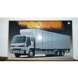 AOSHIMA  034101 Camion ISUZU 810 Super Neuf BO 1/32