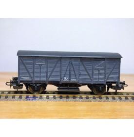 ELECTROTREN 1303, wagon couvert avec feux rouges d'extrémité   RENFE  BO