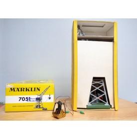 Märklin 7051.1 ( 451 G ), grue électromagnétique  avec projecteur  DB BO