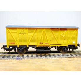 ELECTROTREN  1301,  wagon couvert    RENFE   BO