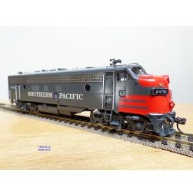 Overland Models ( OMI ) 5826,  loco diesel  Bo Bo EMD ( GM )  FP  7A   neuf   BO