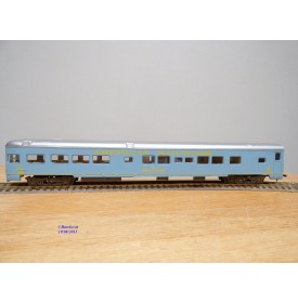 AHM  6402  / RIVAROSSI  2702, voiture de queue Observation American Railroads BO