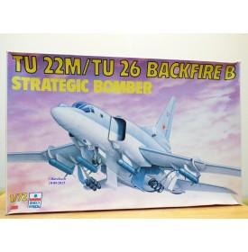ESCI 9070, bombardier stratégique TUPOLEV  TU22M / TU26  Backfire  1/72   Neuf  BO