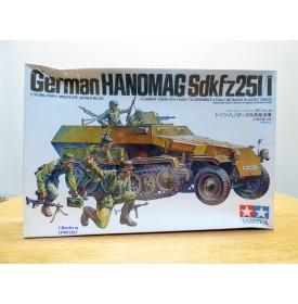 TAMIYA 35020, HANOMAG  SDKFZ  251/1  Neuf  BO 1/35