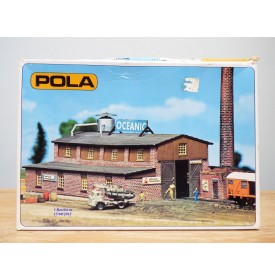 POLA echt 242, usine en briques   neuf    BO  échelle  N  1/160