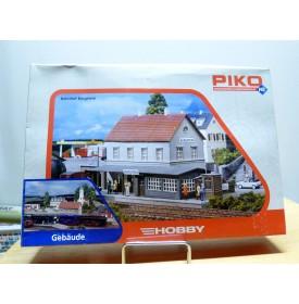 PIKO  61820, gare (Bahnhof ) Burgstein / Castle Rocks / Steenwijk   Neuf  BO  1/87  HO