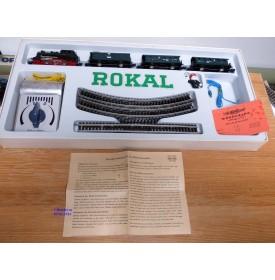ROKAL   01105, coffret 1 loco et 3 voitures Personenzug    DB   BO