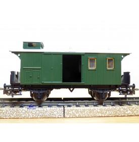 PRIMEX ( Märklin )  4195,   fourgon à bagages à plate forme d'extrémité et guérite   à 2 essieux  BO