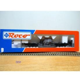 ROCO 47725, wagon plat chargé de ferrailles sous bâches   ÖBB   neuf     BO