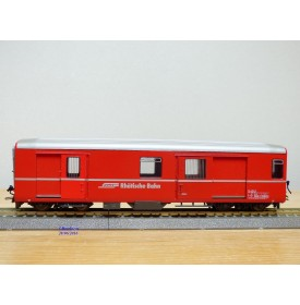 BEMO 3269 122, fourgon à bagages   type D  N° 4212 Viafer Rhetica   RHB