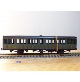 MMM RG  xxxx  , caisse seule  de voiture ancienne  à   3 essieux   1 Cl.   type A6  SNCF