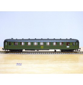 France Trains  242 ,  voiture OCEM à flancs lisses 2 Cl.type B9  SNCF  neuf  BO