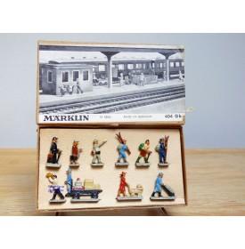 Märklin métal 404 Gb / 0202, coffret de 10 personnages voyageurs et personnel de quai Neuf BO