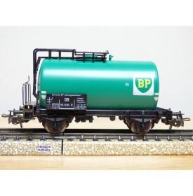 Märklin 4644, wagon citerne  unifié BP  DB   neuf     BO