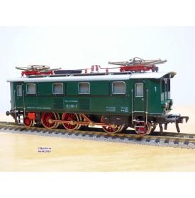 FLEISCHMANN  4369,  loco électrique 1C1 à bielles série Br 132   DB   neuf  BO