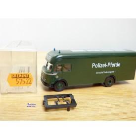 BREKINA 57522, camion MAN transport de chevaux Polizei Pferde  DB  Neuf   BO  1/87