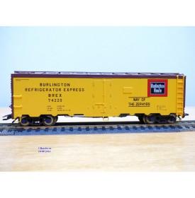 TRIX  24902-11 , wagon couvert  réfrigérant ( reefer  )     Burlington Route     Neuf   BO