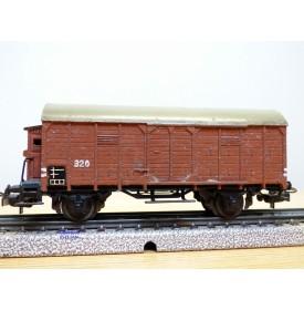 Märklin 320.3,  wagon couvert  à guérite  pour transport de bananes Jamaica  DB