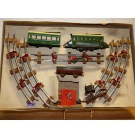 JUCSIE  ???, coffret 1 motrice, 2 wagons, rails et transformateur   BO