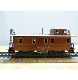 Märklin   4570 . 1,  fourgon de queue ( caboose ) américain N° 1951 AT&SF   BO