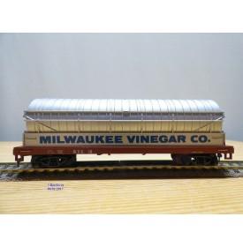 AHM ( Roco ) 5428 B , original wagon à vinaigre   Milwaukee Vinegar Co.    neuf     BO