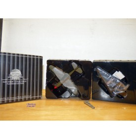 MATCHBOX 92107, CURTISS P40-E Warhawk Flying Tigers  neuf BO  1/72