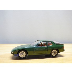 SOLIDO vrai 1051, PORSCHE 924 Turbo  verte   Neuve  BO