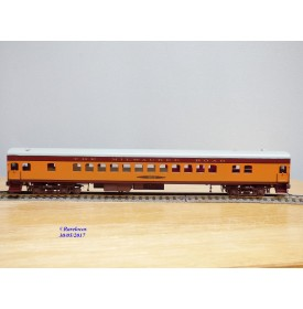 Overland Models ( OMI ( Overland ) Ajin 3110, voiture grandes lignes ( coach car ) N°: 4423Hiawatha  Milwaukee Road     BO
