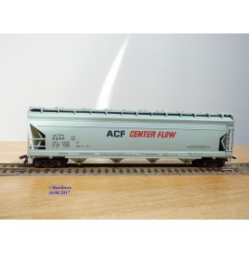 AHM ( Taiwan ) 5385B , wagon trémie couvert ( centre flow covered hopper car ) ACF     BO