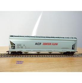 AHM ( Taiwan ) 5385B , wagon trémie couvert ( centre flow covered hopper car ) ACF     BO