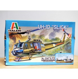 "ITALERI 1247, Hélicoptère  UH-1D  "" Slick ""   Neuf   BO 1/72"