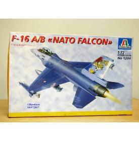 ITALERI 1204,  chasseur bombardier   F-16  A/B  NATO  FALCONBO   Neuf 1/72
