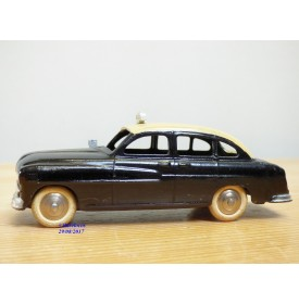Dinky Toys 24XT, Ford Vedette 1954   Taxi