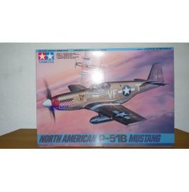 TAMIYA   61042  North American P-51B MUSTANG BO 1/48