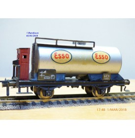 Fleischmann 1465 E,  rare wagon citerne ESSO   DB